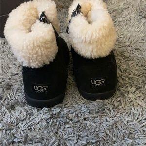 Ugg toddler zip up boots black